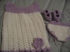 Crochet baby dress and shoes