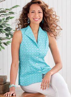 Butterick B6842 | Misses' Fold-Back Collar Shirts Butterick Sewing Patterns, Vintage Sewing Patterns, Blouse Patterns, Vogue Patterns, Vintage Vogue, Vintage Fashion, Collar Shirts, Collar Top, Vogue America