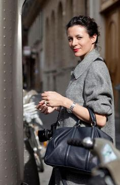 This rolled-up sleeve classic grey single-breasted coat from Garance's closet