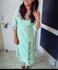 #pintrest@Dixna deol Salwar Suit Neck Designs, Salwar Designs, Blouse Designs, Embroidery Suits Punjabi, Kurti Embroidery Design, Hand Embroidery, Machine Embroidery, Embroidery Dress, Embroidery Patterns