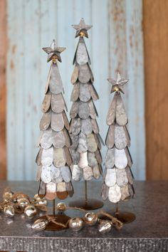 """Receive wonderful suggestions on """"metal tree wall art decor"""". They are actually readily available for you on our internet site. Blue Christmas, Rustic Christmas, Vintage Christmas, Christmas Holidays, Christmas Decorations, Xmas, Christmas Ornaments, Winter Holiday, Metal Christmas Tree"""