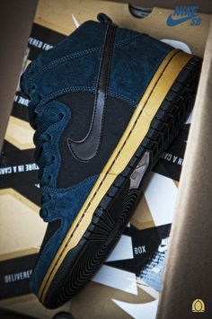 Nike SB Dunk Hi Blue Gold   Coming Soon