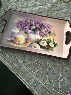 Pin on I gotta do this! Pin on I gotta do this! Decoupage Suitcase, Decoupage Box, Decoupage Vintage, Tole Painting, Painting On Wood, China Painting, Diy Crafts For Gifts, Arts And Crafts, Mod Podge Crafts