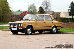 Lada VAZ 2106 1600 Limousine - Hersteller: AvtoVAZ - weitere Daten und Fakten gibt es bei www.ageofmobile.de - fotografiert zur Oldtimer-Treffen am Nutzfahrzeugmuseum Hartmannsdorf am 01.05.2013 - Copyright @ Ralf Christian Kunkel