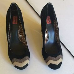 Missoni for Target Blk , Gray, Tan Suede Shoes. 15 Missoni for Target black suede shoes with grayish brown and tan suede geometric accents. 4 inch heel  US 8 1/2. Worn once, like new. Missoni for Target Shoes Heels