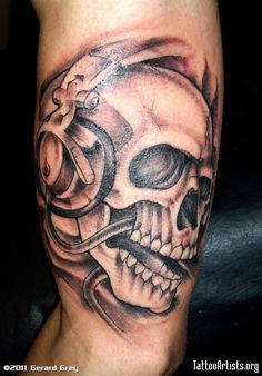 Skull With Headphones Tattoo Heart Foot Tattoos, Body Art Tattoos, Girl Tattoos, Tattoos For Guys, Tattoos For Women, Tatoos, Music Tattoos, Black Tattoos, Small Tattoos