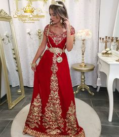 Traditional Fashion, Traditional Dresses, Evening Dresses, Prom Dresses, Formal Dresses, Beautiful Women Videos, Oriental Wedding, Afghan Clothes, Sexy Photography