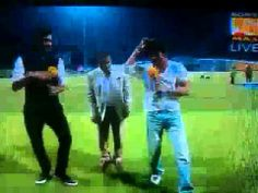 Shah Rukh Khan doing lungi dance after winning against mumbai indains IPL 7