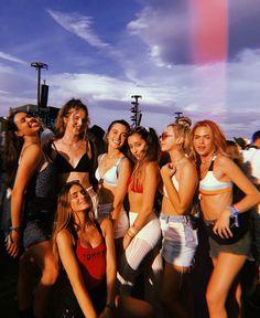 #girls #friends #coachella