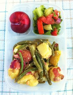 Operation: Lunch Box: Day 31 - Potato and Green Bean Salad - this looks very tasty and uses simple ingredients. Green Bean Potato Salad, Green Bean Salads, Green Beans, Lunch Snacks, Lunch Recipes, Vegetarian Recipes, Healthy Recipes, Bag Lunches, Work Lunches