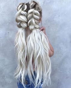 40 Trendy Braided Hairstyles For Long Hair To Look Amazingly Awesome; long weddi… 40 Trendy Braided Hairstyles For Long Hair To Look Amazingly Awesome;Beautiful prom hairstyles long hairstyles for teens. Box Braids Hairstyles, Teen Hairstyles, Wedding Hairstyles For Long Hair, Hairstyles For Round Faces, Trending Hairstyles, Hairstyles 2018, Long Haircuts, Simple Hairstyles, Pretty Hairstyles