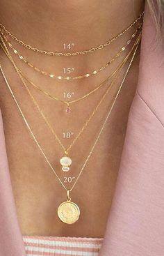 Dainty Jewelry, Cute Jewelry, Gold Jewelry, Jewelery, Jewelry Shop, Chunky Jewelry, Jewelry Hooks, Dainty Gold Necklace, Bullet Jewelry