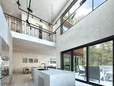 Plan de maison Ë_101 | Leguë Architecture Plane, Narrow House Plans, Modern Tiny House, Architect Design, Kitchen Design, Villa, Bathtub, Floor Plans, House Design