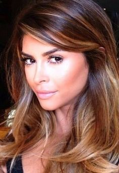 Medium, Beachy Waves with Ombre Highlights - 40 On-Trend Balayage Short Hair Looks - The Trending Hairstyle Fringe Hairstyles, Cool Hairstyles, Beautiful Hair Color, Hair Color Balayage, Brown Hair Colors, Great Hair, Hair Looks, Hair Trends, Hair Inspiration