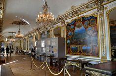 Château de Chantilly - Musée Condé - Grands Appartements - Galerie des batailles, via Flickr.