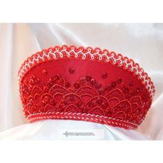 Menyecske párta-piros csipkés Captain Hat, Hats, Fashion, Moda, Hat, Fashion Styles, Fashion Illustrations, Hipster Hat