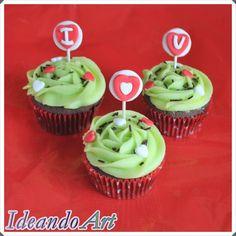 """Cupcakes de chocolate y melón """"I ♥ U"""" para San Valentín. By IdeandoArt"""
