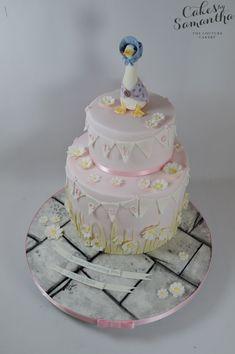 Love the cake, don't think the board goes with it Girls First Birthday Cake, 1st Birthday Cakes, Birthday Ideas, Baby Girl Christening Cake, Matilda Cake, Beatrix Potter Cake, Peter Rabbit Cake, Duck Cake, Animal Cakes