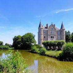 Newest Tv Shows, New Shows, Salvage Hunters, Angel Strawbridge, Spencer House, French Wallpaper, French Property, Granny Flat, Amazing Buildings