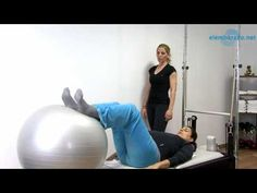 ▶ Ejercicio de pilates extensión de piernas - YouTube