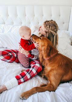 PAJAMAS: Shopbop also at Nordstrom // GOLD SLIPPERS: J. Crew // A's PAJAMAS: Target // WHITE... Little Babies, Little Ones, Cute Babies, Family Goals, Family Love, Family Print, Happy Family, Modern Family, Gold Slippers