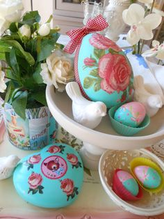 Make at Home..  A Lovely Super Size Egg Centerpiece For Your Spring/Easter Tablescape !
