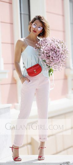 pastel colors outfits | chloe georgia bag | summer outfit ideas | pastels | pink trousers |