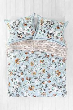 Plum & Bow Olivia Duvet Cover - Urban Outfitters