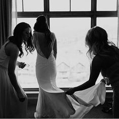 There's a special bond between a bride and her bridesmaids, filled with love, joy and a few happy tears. Repost from the beautiful bride, @colorbycharleigh and photo by @megan.kantor