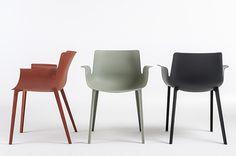 01_PIUMA_chairs trio