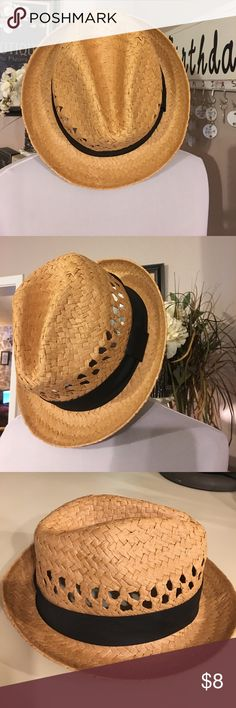 Super cute hat Super cute hat. Worn once excellent condition one size fits all Accessories Hats