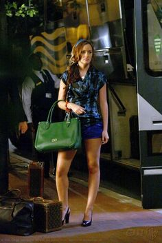 Blair Waldorf's outfit after getting back from Tuscany. Loved her headband