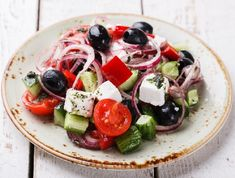Schwartz recipe for Traditional Greek Salad, ingredients and recipe ideas for Vegetables and Greek cooking. Visit Schwartz for more recipe ideas. Salad Recipes Healthy Lunch, Greek Salad Recipes, Salad Recipes Video, Vegetarian Recipes, Traditional Greek Salad, Greek Dinners, Greek Yogurt Chicken, Stewed Potatoes