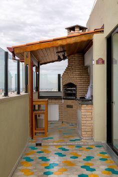 Backyard Grill Ideas to Improve and Create a Cozy Atmosphere Outdoor Kitchen Design, Interior Design Kitchen, Home Design Decor, House Design, Dirty Kitchen, Home Decor Furniture, Backyard Patio, Backyard Ideas, Diy Bedroom Decor