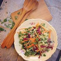 "@Camilla Thelin thx for sharing your #salad with feedfeed, a network of food enthusiasts sharing inspiration: ""Kale/cabbage salad with carrots and red onion compote!"" #lunch #lowcarb #paleo #fitnessfood #organic #fitfam #food #feedfeed http://instagram.com/p/gEES96q8qh/"