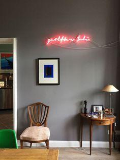 Wohnzimmer In Manhattan No. 58 #annavonmangoldt #kreidefarbe #wandfarbegrau  #wohnzimmer
