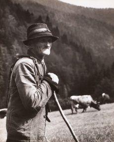 ZDENKO FEYFAR. Bača z Nepálské doliny, 1951 Fine Art Photo, Photo Art, Gelatin Silver Print, The Shepherd, Good Old, Old Photos, Folk, Culture, Retro