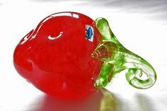 Oiva Toikka - strawberry for Nuutajärvi, Finland Finland, Strawberry, Stuffed Peppers, Glass, Ebay, Food, Drinkware, Stuffed Pepper, Corning Glass