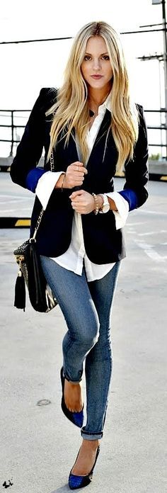 Black and white with a touch of blue. Jeans, black blazer, white blouse, pop of blue