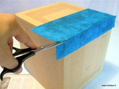 Tuto DIY Fiche pour fabriquer boite en carton - décoration collage papier Cardboard Paper, Cardboard Furniture, Cardboard Crafts, Diy Paper, Diy Box, Diy Storage, Plastic Cutting Board, Origami, Projects