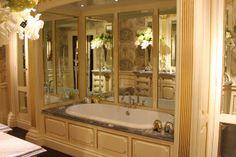 The Enchanted Home: Towel bar towel bar, where do you go!