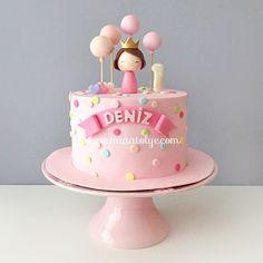 Happy Bday little princess! 1st Birthday Cake For Girls, Baby Birthday Cakes, Happy Birthday, Girly Cakes, Cute Cakes, Fondant Cakes, Cupcake Cakes, Baby Girl Cakes, Beautiful Birthday Cakes