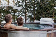 beheizter Badezuber im Freien (Hot Tub) - in allen Chalets Bergen, Wellness, Sauna, Hot, Outdoor Decor, Chalets, Relaxing Room, Outdoor, Luxury
