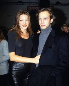 Carla Bruni, Vincent Perez, Persona, Supermodels, Leather Skirt, Vintage Fashion, Galleries, Skirts, Minimalism
