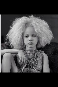 How cute is she #naturalhair  #teamnatural #naturallyluvly #kids
