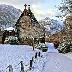Snowy morning in Scotland  #awesome #amazing #cool #colors #magic #majestic  #lit #light #love #life #Hope #Harmony #Horizons #Idyll #Imagine #Inspired #Incredible #Follow #PhotOfTheDay #Wonderland #Fairytale #scotland #snow #church #enchanted #mesmerizing #village
