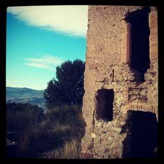 Porta i finestres del CastellCiuró de Molins de Rei (Baix Llobregat). #Portes