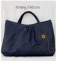 Reversible Bag Sewing Pattern by zucchinicat