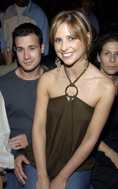 Pin for Later: Nos 14 photos préférées de Sarah Michelle Gellar et Freddie Prinze Jr. ! Septembre 2003