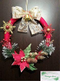 Christmas wreath. Winter's Tale, A Christmas Story, Christmas Wreaths, Holiday Decor, Handmade, Home Decor, Christmas Swags, Hand Made, Decoration Home